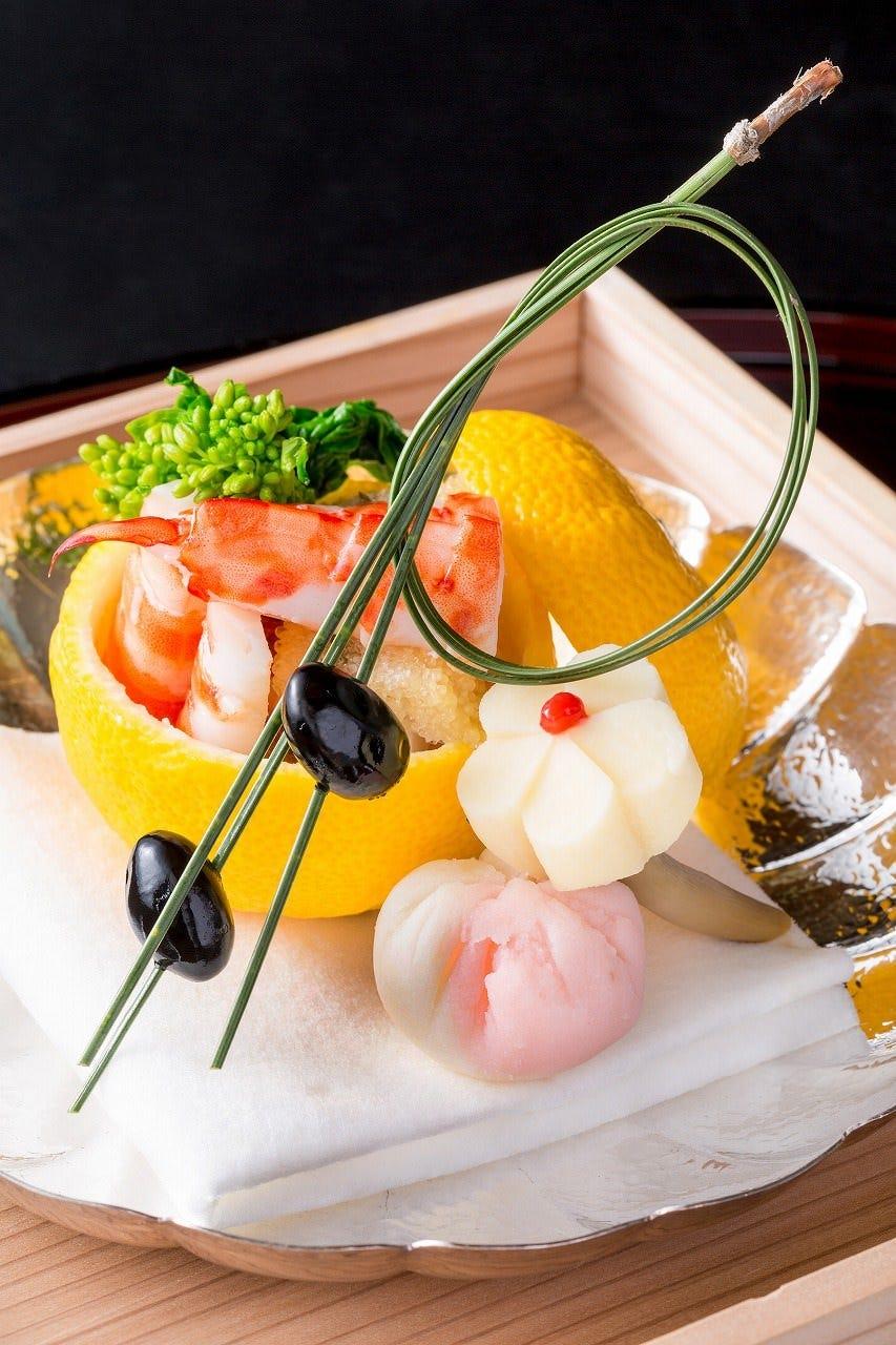 伝統的かつ斬新なお料理をお楽しみください。