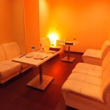 ラクレットチーズと個室の店 BATTERY 蒲田 店内の画像