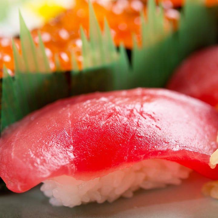 厳選素材と職人の技が光る江戸前寿司
