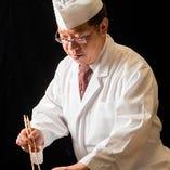 研鑽を積んだ料理人が、確かな技と感性で会席をご用意いたします