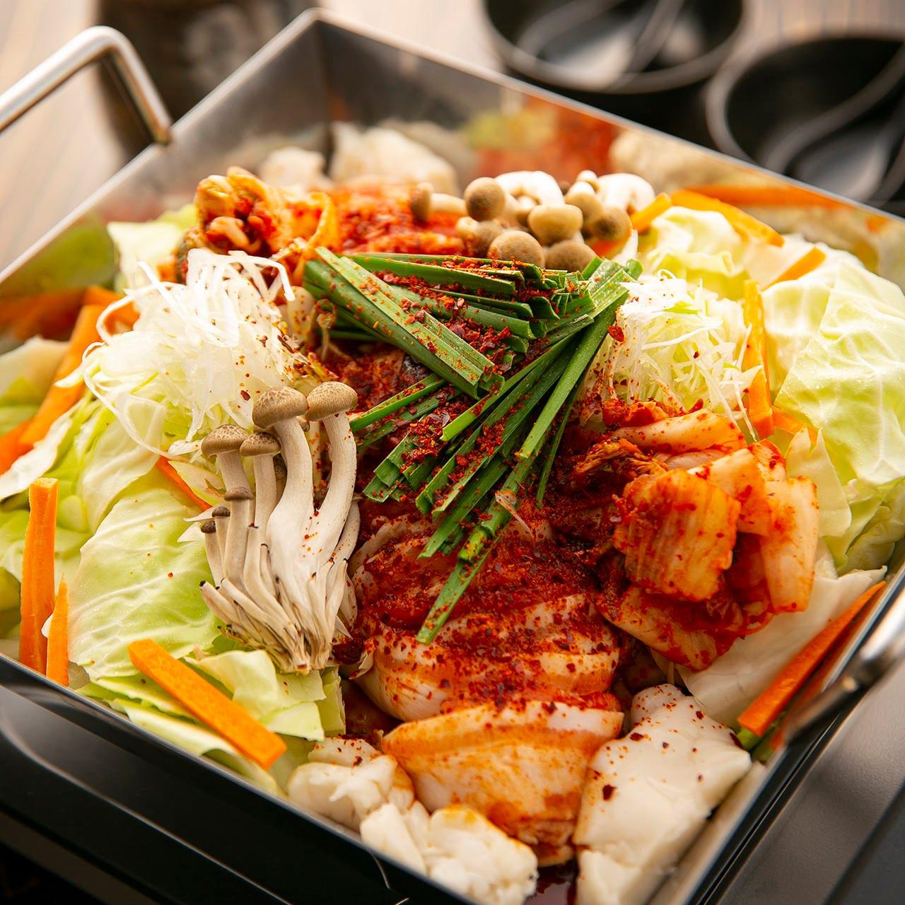 特製出汁がお肉と野菜の旨みを引き出した心も体も温まる一品