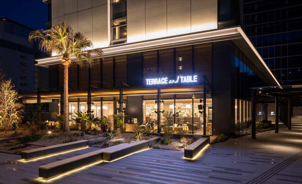 Terrace and Table ホテルメトロポリタン川崎