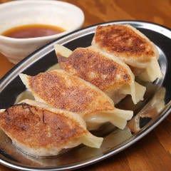 プッシャー焼餃子