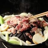 """""""裏名物""""馬力焼。一度食べたらもう牛に戻れない。980円(税抜)"""