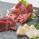 とろける肉寿司と九州馬刺で乾杯 肉笑~ニクワライ~