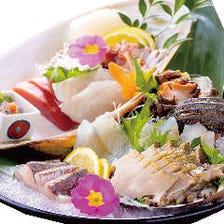 漁師めし小屋がだす、獲れたての海鮮料理