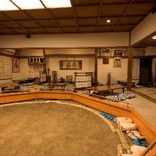店内に広がる相撲の世界