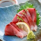 《旬の魚が美味》 店主自ら、その日のおすすめを市場で厳選!