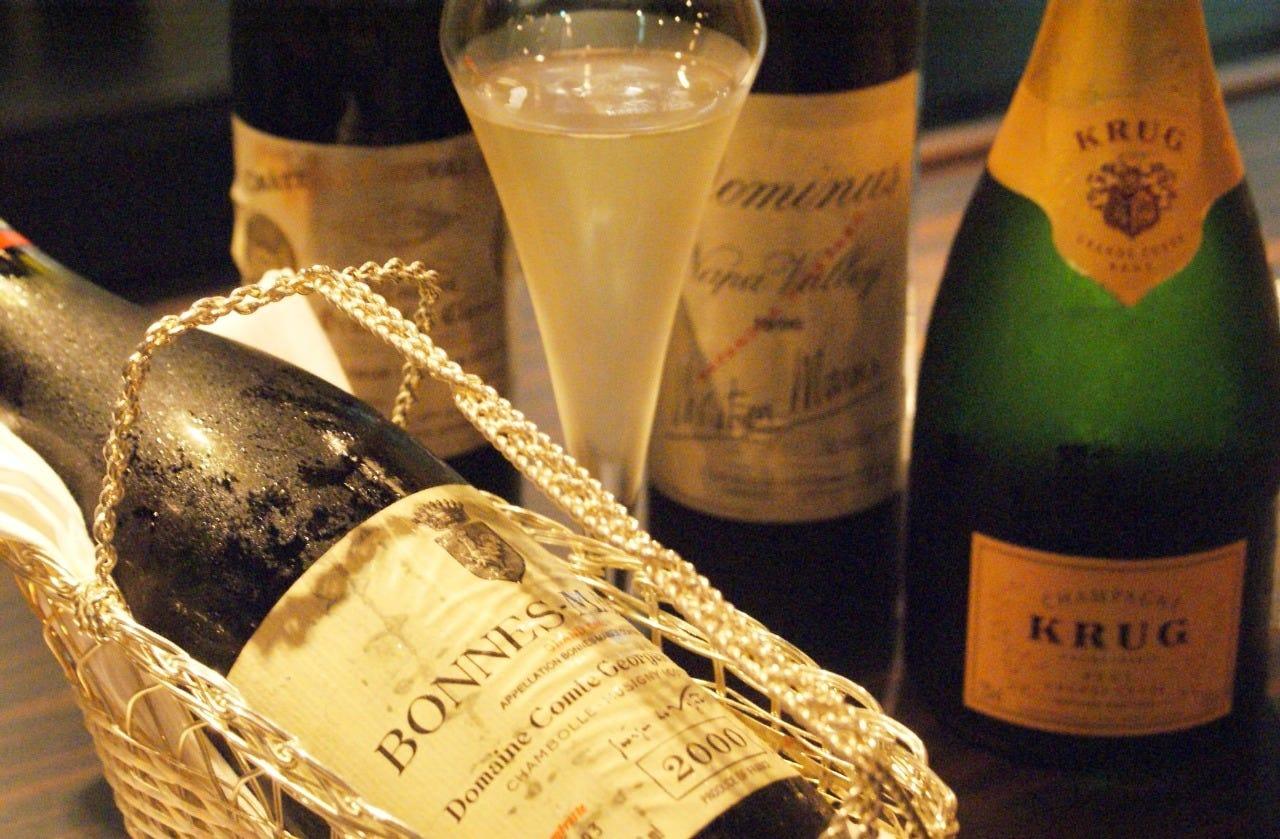…自慢の豊富なワイン…