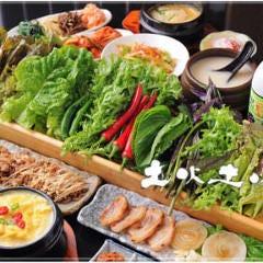 個室で愉しむ韓国料理居酒屋 土火土火 東京・八重洲本店
