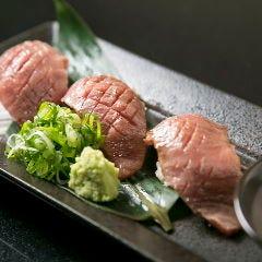 牛トロ炙り寿司(2貫)
