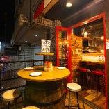 【夜風を感じる心地よい空間】『テラス席』少人数向け宴会&飲み会に(~4名様×2卓)