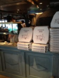 PIZZAはTAKEOUTも可能です!