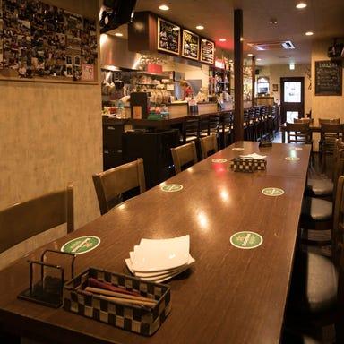 肉まみれ 居酒屋 個室 イタリアン Diner ダイナー 横須賀中央 店内の画像