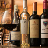 厳選ワインは日替わりで10種以上ご用意