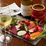 【白ワインとともに】お酒に合う野菜の味を確かめに、ぜひお越しください