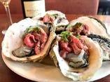 贅沢な牡蠣とローストビーフのコラボ