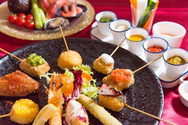 イタリアン串揚げはこだわり5種類のソースでお楽しみできます