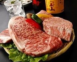 国産黒毛和牛の使用した贅沢なコース料理をご用意しております。