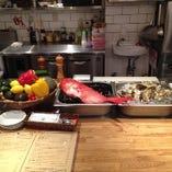 直送で届く新鮮な食材を1から丁寧に料理します!