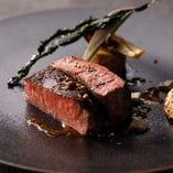人気の牛ヒレ肉とフォアグラ