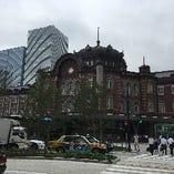 東京駅「丸の内」「南口」です。