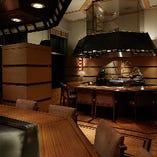 店内奥の、「鉄板 然荘」もご利用頂けます。