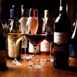 ワイン・スパークリンワイン・シャンパンを60種類以上ご用意