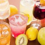 他にもカクテル、サワー、果実酒など豊富な飲み放題メニュー