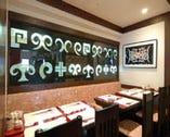 親しいお仲間でのご会合に…落着いたテーブル席◆お昼のご会食も…◆
