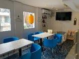 客席④ テレビ、お子様椅子、お子様スペース、任天堂switch、ボードゲームを用意してあります!