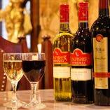 インド産のワインなどもご用意しております。接待やご会食にも