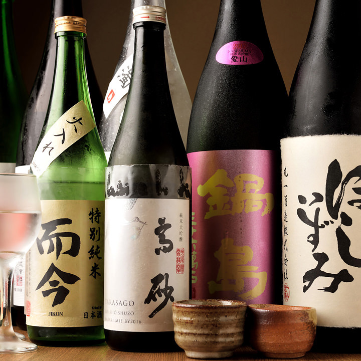 全国各地の銘酒や愛知県の地酒が集合