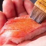 その日仕入れた一番の食材で作り上げる珠玉の鮨