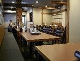 2階フロア 40名~50名様向けのテーブル席空間!!フロア貸切に最適!