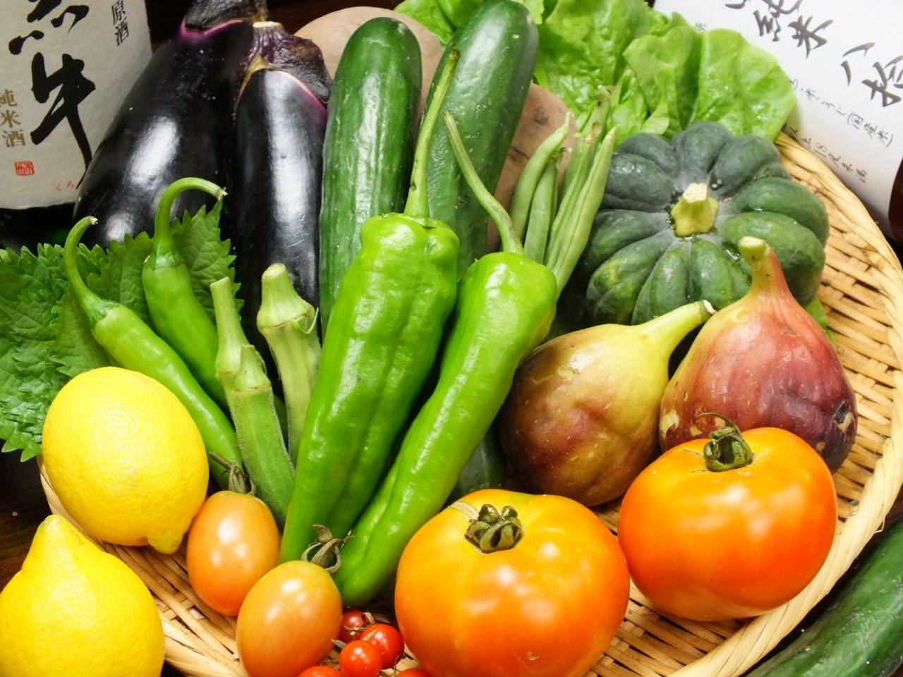 自家栽培の有機野菜をたくさん使用