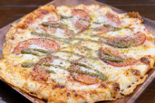 フレッシュトマトとモッツァレラのマルゲリータ