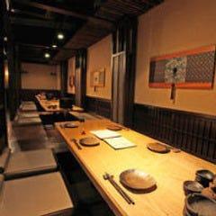 個室居酒屋 八吉 新宿西口店 店内の画像