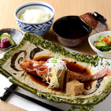 日替わり煮魚定食