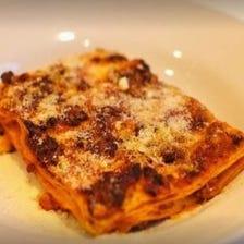 一皿に彩られるイタリア郷土の味わい