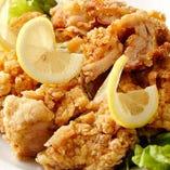 揚げ鶏のレモンソース