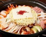 韓国では名物鍋 【プテチゲ鍋】