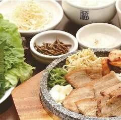 【ヘルシー!!】選べる!石板サムギョプサル定食