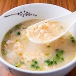 優しい味のスープにふんわり玉子がマッチ♪