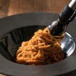 手作り生パスタのもちもち麺を手作りのソースで楽しむ。 PASKOの絶品パスタ。