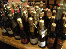 厳選フランスワインと洋食居酒屋料理