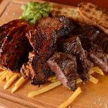 栗豚のBBQグリエと牛ハラミステーキの2種盛り