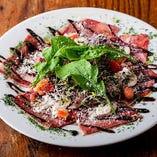 「牛のカルパッチョ」お肉が美味しいからそのままで食べてもらいたい!