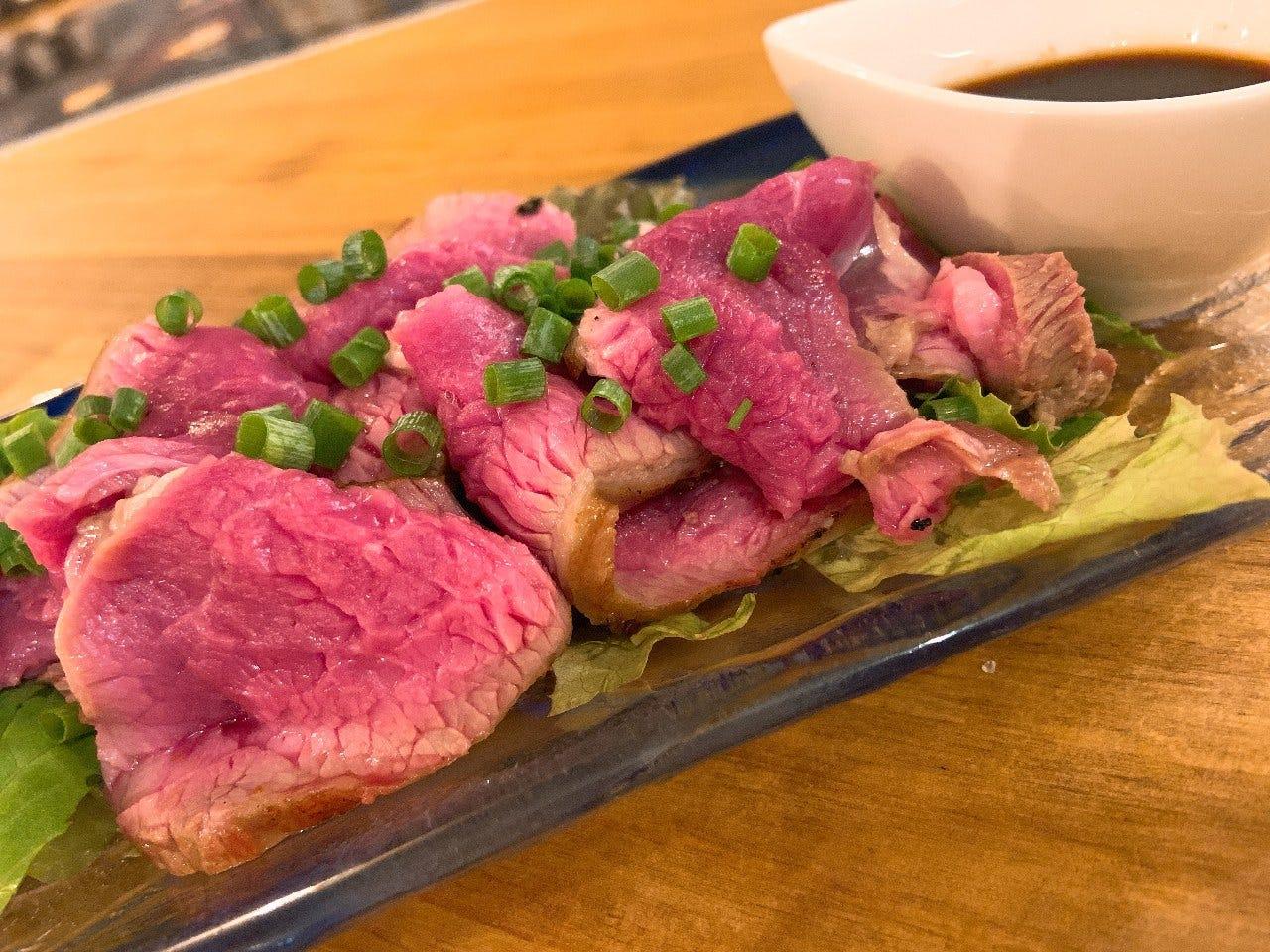 アイスランド産の新鮮なラム、臭みが無くて食べやすいです。