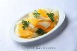 セロリとオレンジのサラダ
